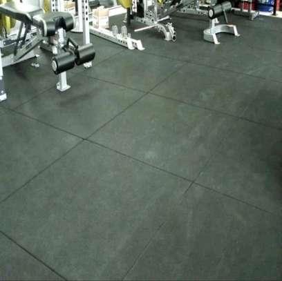 Gym rubber mats flooring. image 3