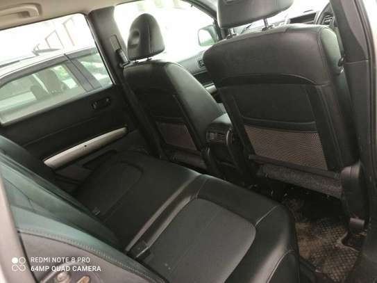 Nissan X-Trail Automatic image 4