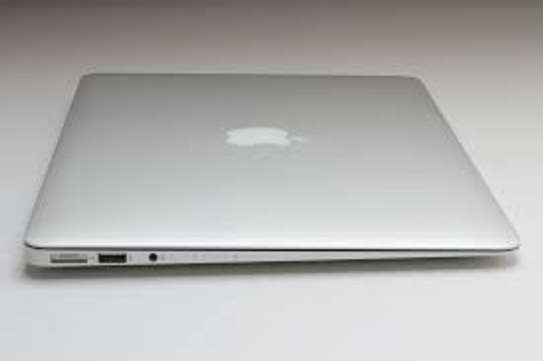 Macbook Air 2014 Core i5 8GB Ram 128GB SSD image 2