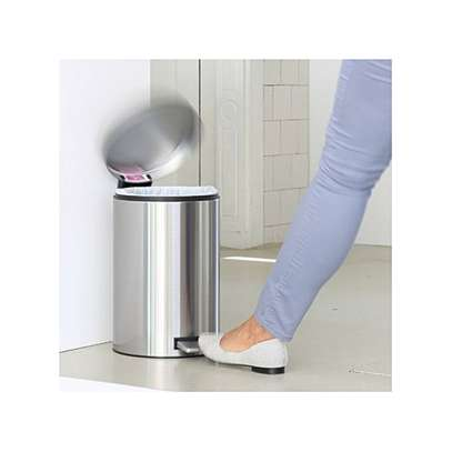 Stainless Steel Step Pedal Dustbin,3L, 5L 12L & 20L image 3