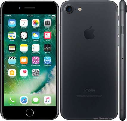 Apple iPhone 7 32GB (Brand New with Global warranty) image 1