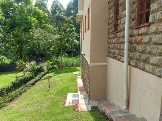 4 bedroom house for rent in Rosslyn image 17