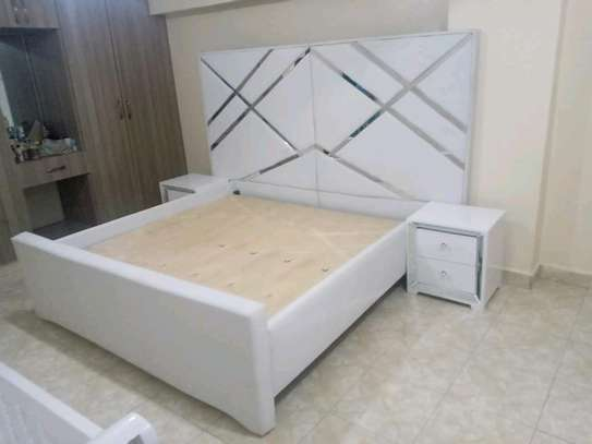 6*6 king size white beds/white mirrored beds for sale in Nairobi Kenya image 1