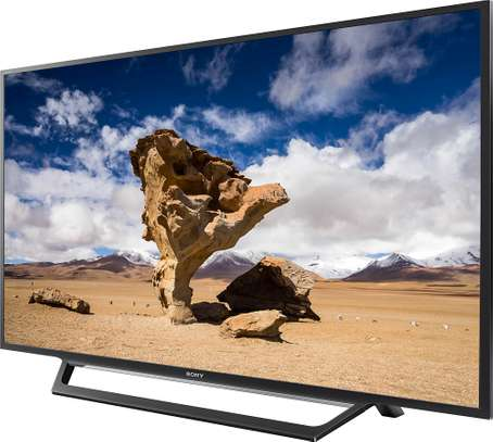 New 40 inch sony digital tv 200 free to air channels image 1