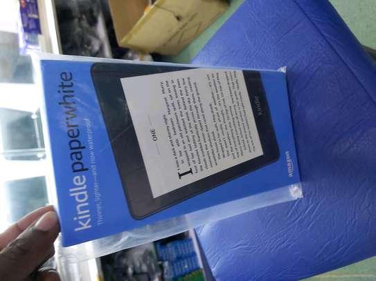 Amerzon Kindle Paperwhite