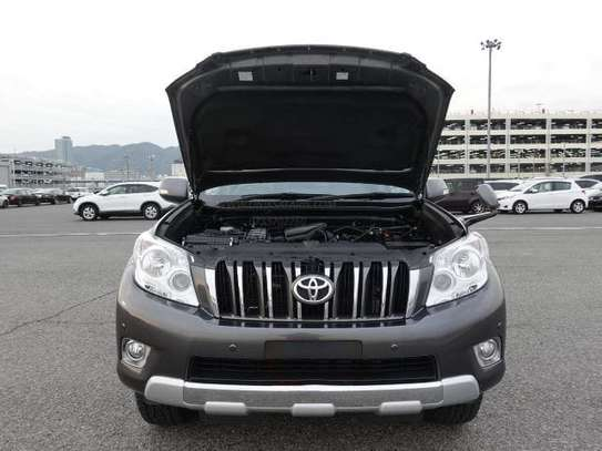 Toyota Land Cruiser Grey in Colour super deal image 3