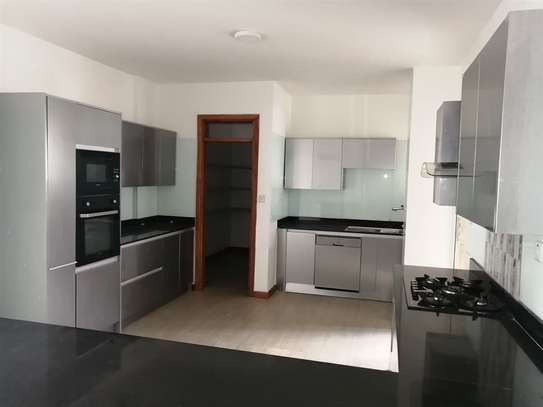 4 bedroom apartment for rent in General Mathenge image 1