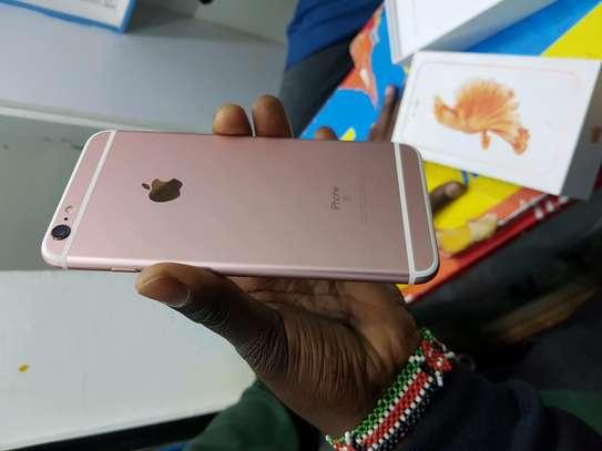 Iphone  6s plus image 7