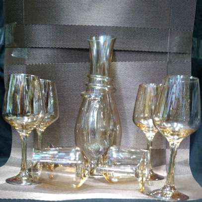 Gold glass and gold decanter image 1