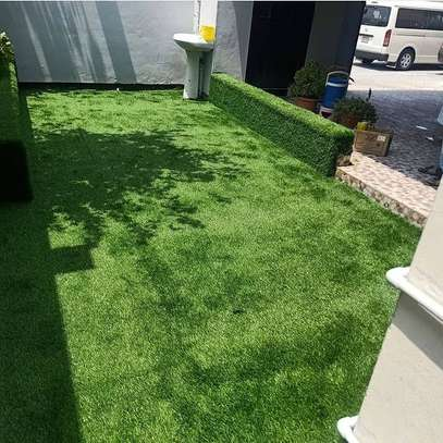 artificial grass carpet to withstand all weather condition image 8