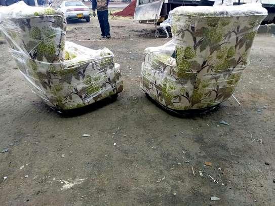 Floral single chairs for sale in Nairobi Kenya/accent chairs/single seater floral sofas for sale in Nairobi Kenya image 1
