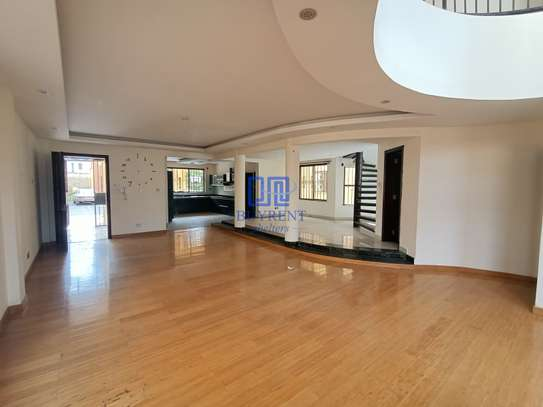 5 bedroom house for rent in Brookside image 1