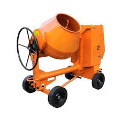 Concrete mixer 500L image 2