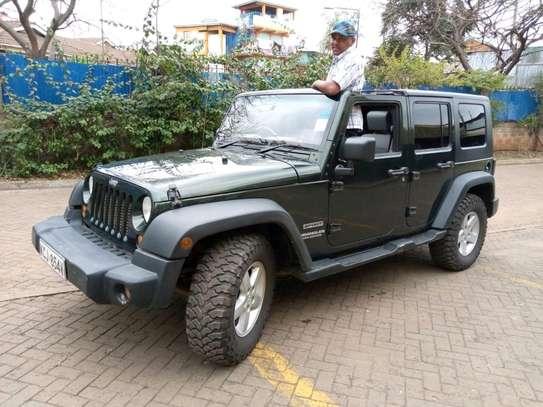 Jeep 2010 Manual 2800 cc detachable roof top
