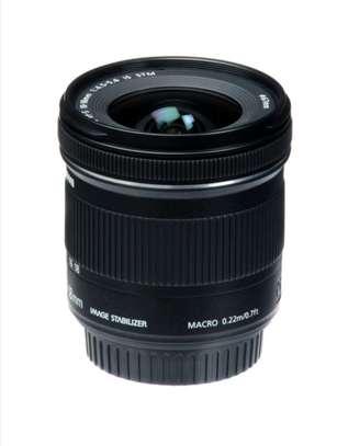 Canon EF-S 10-18mm f/4.5-5.6 IS STM Lens, image 2