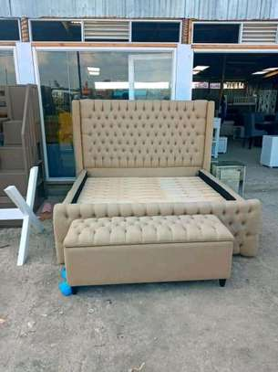 Elegant Timeless Quality Kingsize Upholstered Bed + Storage Box image 1