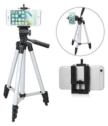 tripods with Microphone and phone holder image 3
