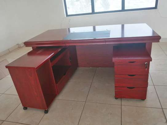 1.8 meter length Executive office desk image 10