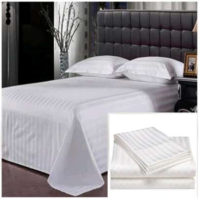 Hotel( material)White cotton stripped duvet image 2