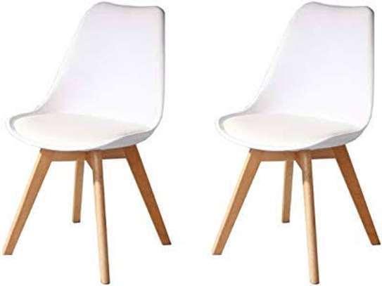 Plastic vistor seat image 5