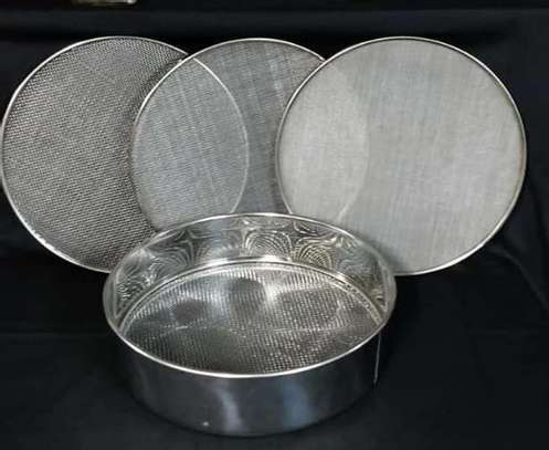 20.5cm stainless steel  flour  sieves set of four image 1