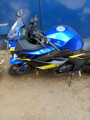 Motorcycle image 4