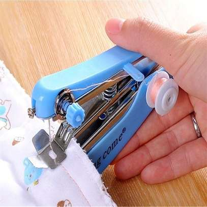 Mini Handheld Sewing Machine for Handwork image 3