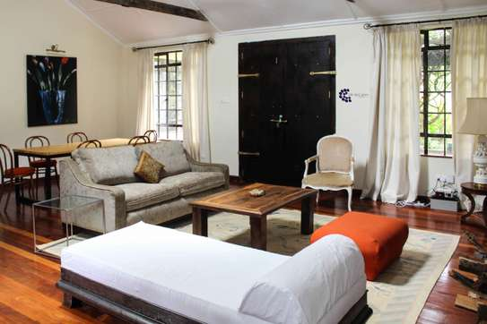 Furnished 2 bedroom house for rent in Old Muthaiga image 5