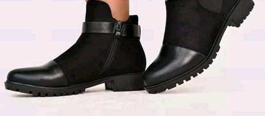 Ankle boots image 2