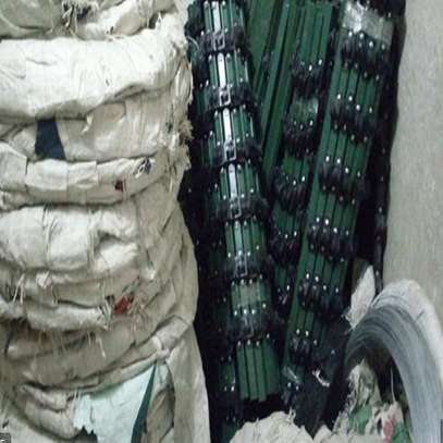 Razor wire and electric fencing sales service and installation image 1