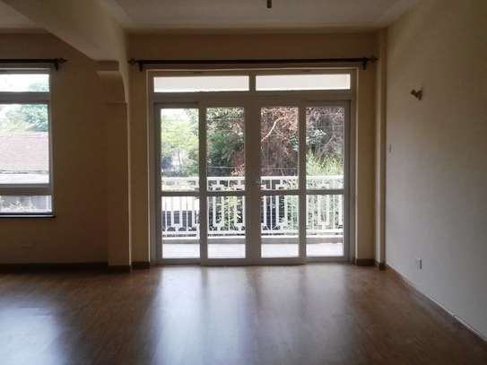 Brookside - Flat & Apartment image 10