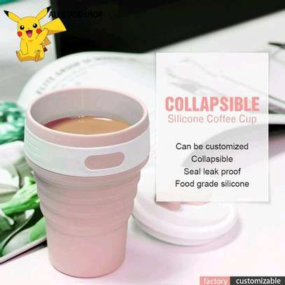 Collapsible & portable silicone cups. image 1