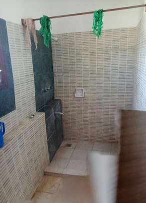 4 br house for rent in Nyali inside a gated community image 14