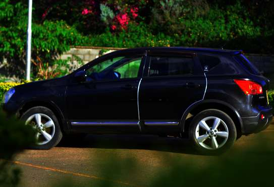 Nissan Dualis for Hire image 4