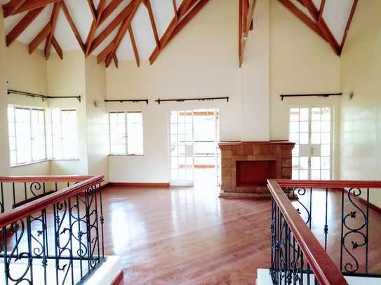 5 bedroom house for rent in Rosslyn image 18