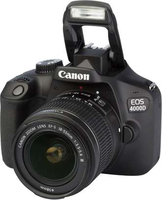 Canon EOS 4000D DSLR Camera and EF-S 18-55 mm +16gb memory card + bag