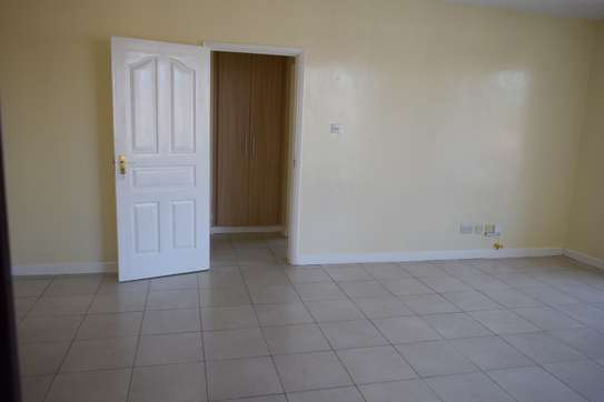 2 bedroom apartment for rent in Mombasa Road image 15
