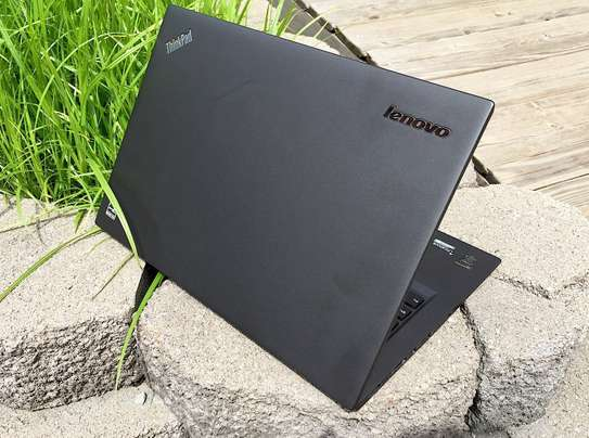 Lenovo Thinkpad X1 Carbon Ultrabook Core i5 3rd Gen image 2