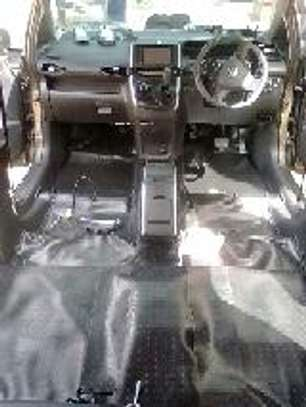 CAR FLOOR WRAPPING