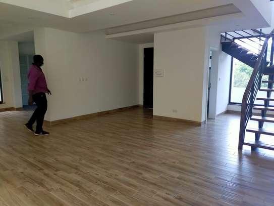 Furnished 3 bedroom apartment for rent in Riverside image 16