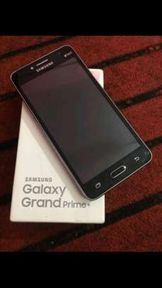 Samsung galaxy prime plus