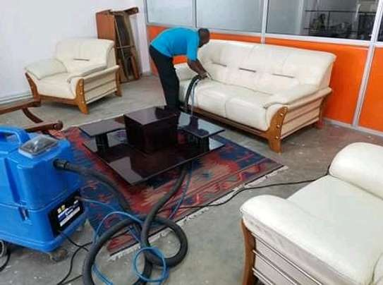 sofa set cleaning image 1