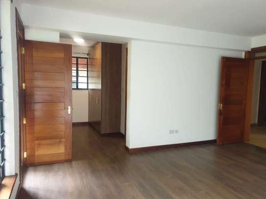 4 bedroom townhouse for rent in Riverside image 4
