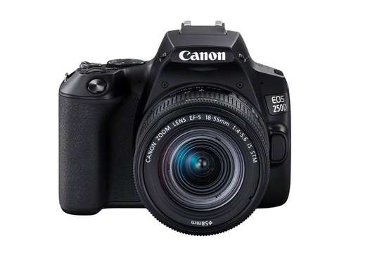 CANON EOS 250D with 18-55mm image 1