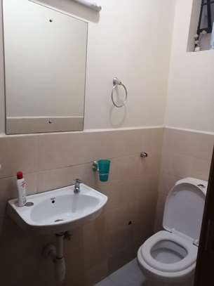3 bedroom apartment for rent in Ngara image 3