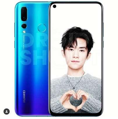 Huawei Nova 4 image 1