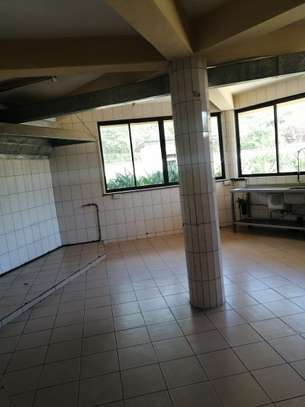 1000 ft² office for rent in Karen image 10