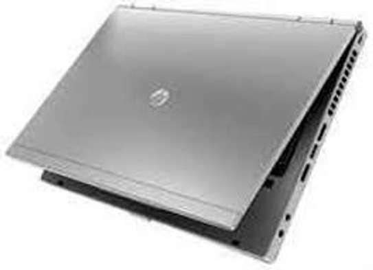 HP 2560   core i5 4 GB 320 GB image 3