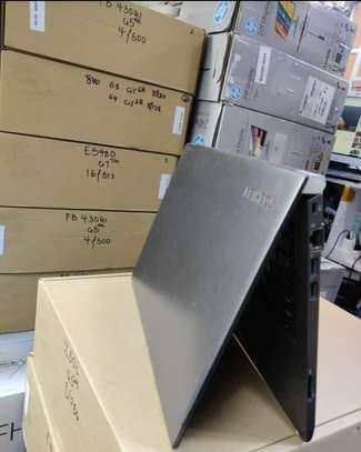 Toshiba Portege Z30B-119 5th gen 4gb ram 256 ssd image 1