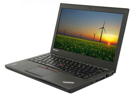 Lenovo Thinkpad x250 Core i5,4GB RAM,500GB HDD image 2